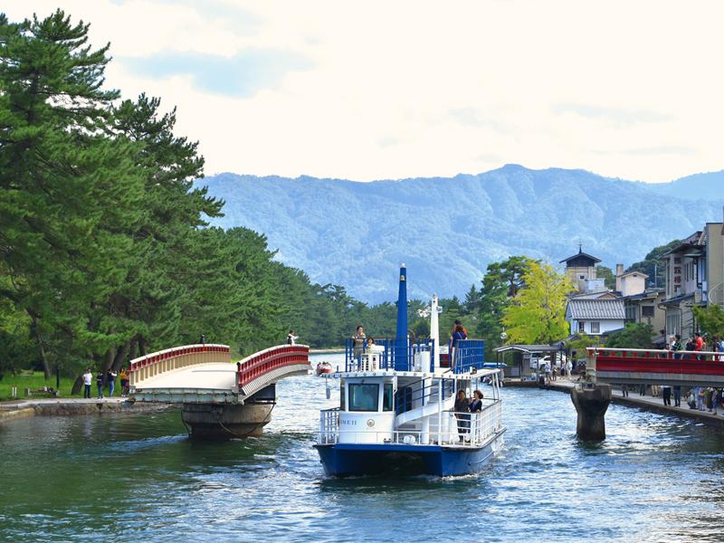 Amanohashidate Sightseeing Boat